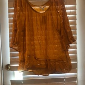 Tops - Gorgeous brand new mustard 2 X shirt